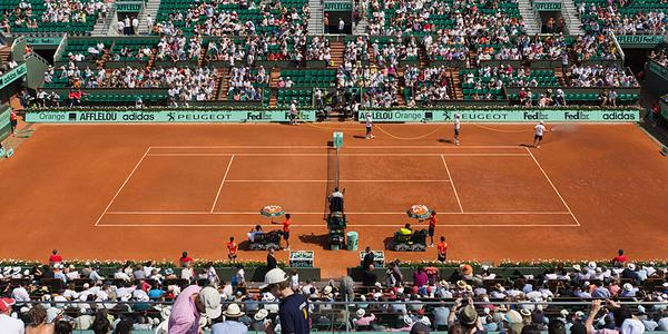 Roland garros 2014 1 6 million d euros pour le vainqueur for Surface d un terrain de tennis