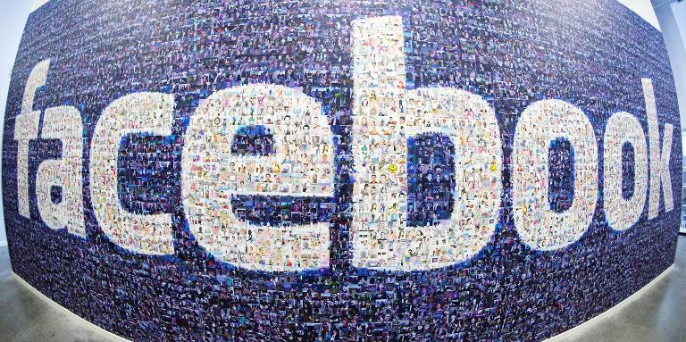 Facebook vous laisse choisir un gestionnaire de compte après votre mort