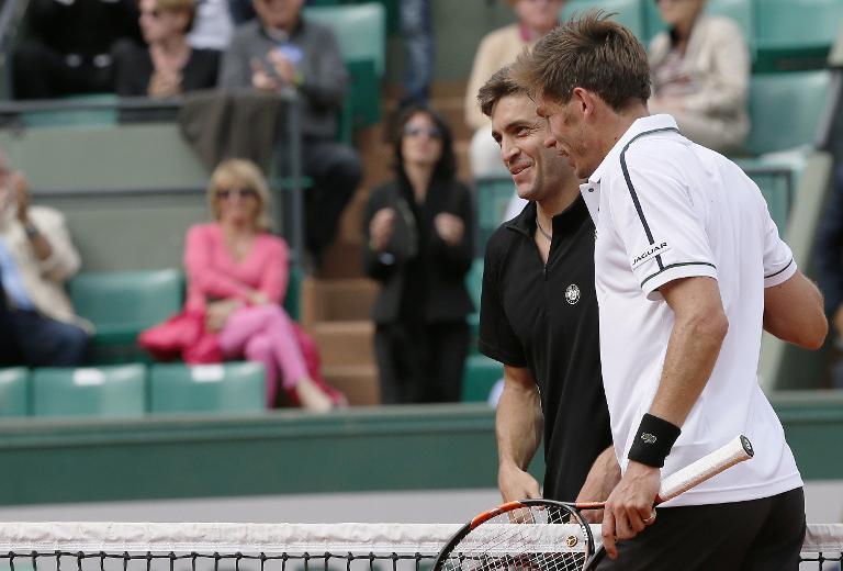 Roland-Garros: Simon en 8e en sortant un Mahut batailleur