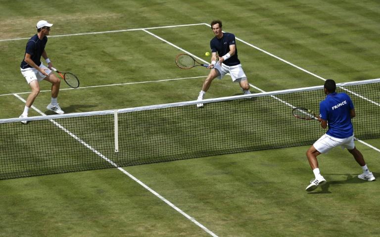 Coupe Davis: la France mal en point apr�s sa d�faite contre les fr�res Murray