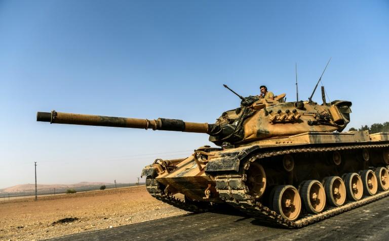 Une dizaine de chars turcs entrés en territoire syrien