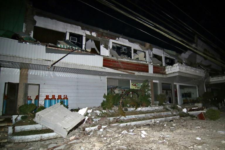 Six morts et des centaines de blessés après un séisme — Philippines
