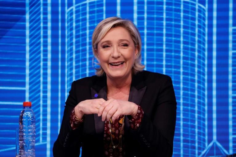 Emmanuel Macron accepte l'alliance proposée par François Bayrou — Présidentielle française